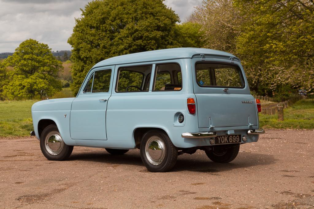 Ford100E-8